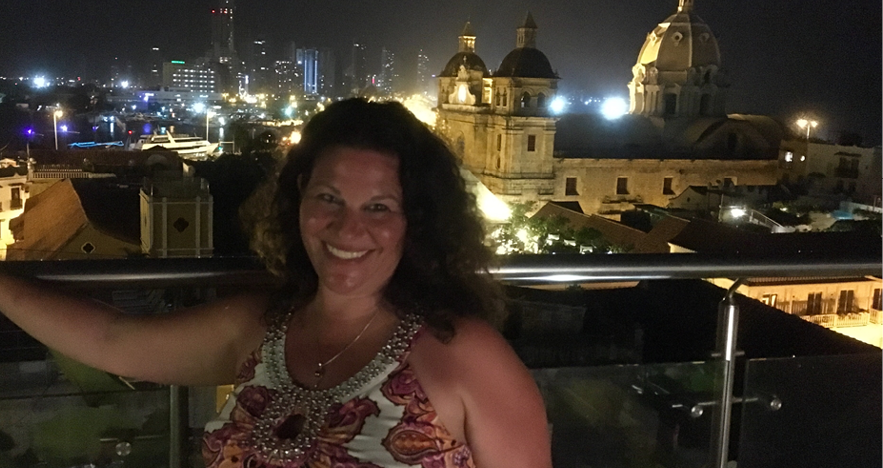 Blog-Thumbnail-Trip-Review-Colombia-with-Christina-Turrini-in-Cartagena.png