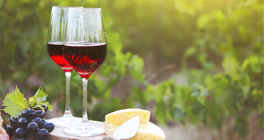 Blog-Thumbnail-Visit-This-Undersea-Winery-in-Spain.png