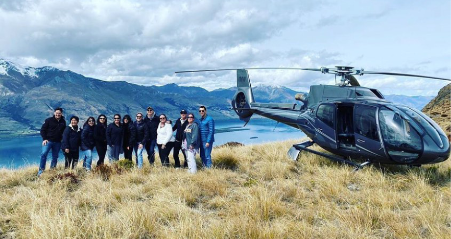 Blog Thumbnail - Milford Sound Helicopter